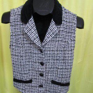Express Black and White Vest Size Medium
